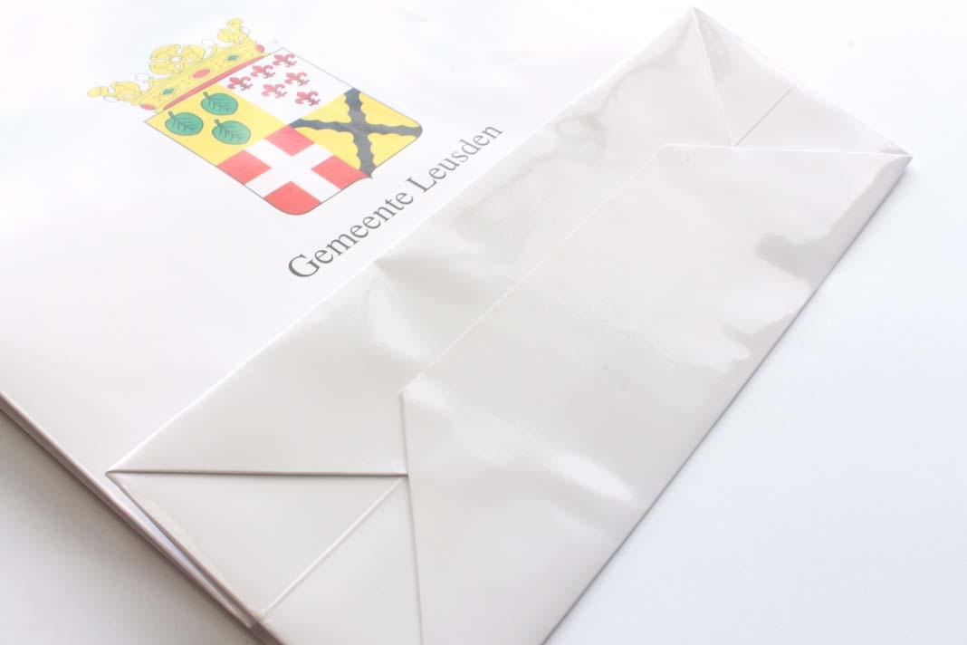 sac en papier pas cher impression sur sac en papier sac papier imprim pas cher sac papier pas. Black Bedroom Furniture Sets. Home Design Ideas